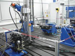 3-Achs-Verschleissprüfstand für Lenkgetriebe-1